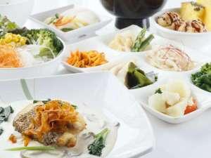 湯治のふるさと 玉川温泉 旅館部:ご夕食カフェテリアスタイルイメージ