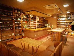 弥彦温泉 割烹の宿 櫻家:ロビーCafé&shop