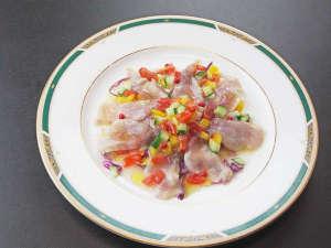 天栄湯:*【鯉のカルパッチョ】臭みがなく引き締まった身の鯉をさっぱりといただけます。
