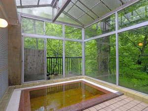 天栄湯:*【内湯】環境省より「治療の目的に供しうる療養泉」の認定を受けております。
