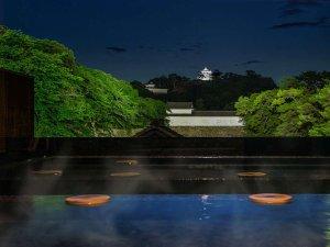城見の湯/国宝 彦根城のライトアップを眺めながらゆっくりとお楽しみいただけます。