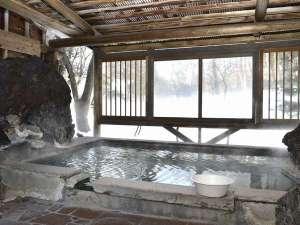 草津温泉 無料貸切風呂と料理の宿 旅館美津木:庭園露天風呂