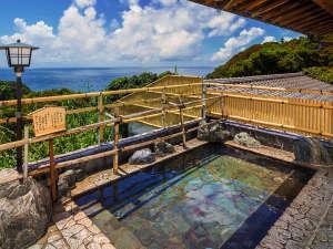 あしずり温泉郷 星空と海の宿 足摺国際ホテル:自慢の露天風呂は晴れた日には『澄んだ空』と『大海原』が、夜には『満天の星空』をご覧いただけます。