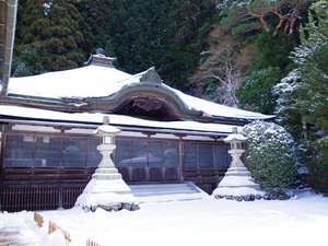西門院:*【冬の高野山】美しい雪景色をお楽しみください。