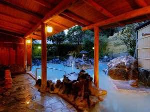 湯けむりとにごり湯の宿 霧島国際ホテル:露天風呂