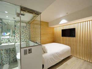 SHIBUYA HOTEL EN:  Japanese modern double  superior(W140cm×L203cm・1Bed)匠の技で新しい日本を表現したお部屋です。