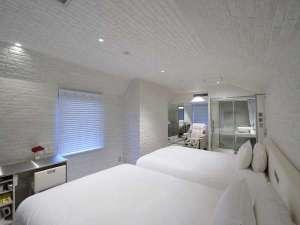 SHIBUYA HOTEL EN�i�a�J�V�e�B�z�e���j�F���A�iW140cm�~L203cm�E2Bed�j