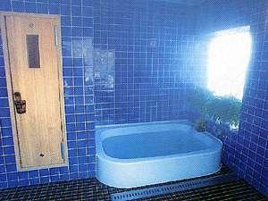 ペンション舞留優夢:サウナがあるのが嬉しい貸切風呂で旅を満喫