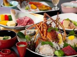 ホテル華翠苑:料理長渾身の極上会席。伊勢海老にあわび、佐賀牛A5ランクなどの特選素材をご賞味ください。