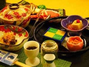 心がふれあう 民芸の宿中央ホテル:当宿自営の青果市場直送の旬野菜を中心にした手作り会席料理一例