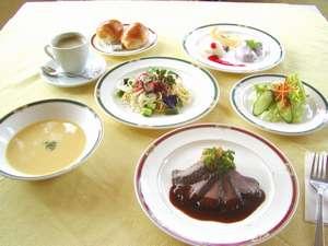 ホテル シーガル:お食事の一例