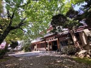 土肥温泉の庭園旅館 玉樟園新井の写真