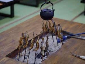 民宿すずき屋:囲炉裏