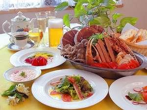 シルクウッドホテル:夕食ネットランキング中!!人気の特製ソースで頂く地中海ブイヤベース最後の雑炊も堪能してください♪