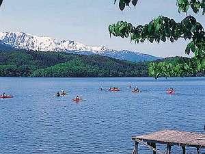 北アルプスを眺め、常に日本国内透明度5番以内の美しい水を体感