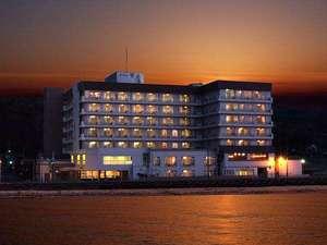 佐渡相川 伝統と風格の宿 ホテル万長の写真