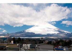 日本の象徴、富士山を酔いしれて下さい!