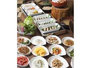 ホテル東日本宇都宮:自慢の朝食はふんだんの野菜中心に洋食、和食とご準備しております