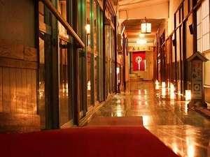 岩手の名湯 侍の湯 おもてなしの宿 おぼない:夜の館内