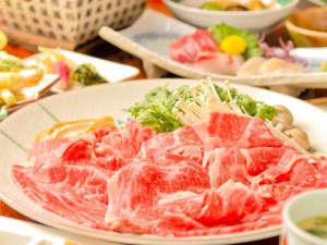 土湯温泉 源泉湯庵 ニュー扇屋:やわらかい牛肉であつあつのすき焼き