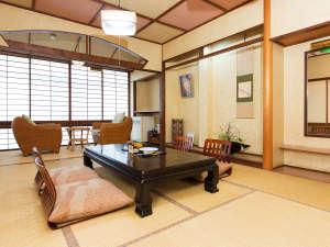 土湯温泉 源泉湯庵(最大8つの湯めぐり自慢) ニュー扇屋:どなたさまにもお寛ぎいただける、故郷のような『居心地の良さ』を目指しおもてなしいたします。