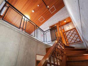 かりゆしコンドミニアムリゾート恩納ヴィラバルゴ:2階は寝室です。ツインルームが2部屋ございます。
