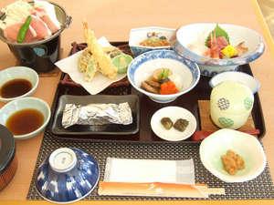 てしお温泉 夕映:*【夕食一例】天塩の海の幸を中心としたお食事をお楽しみ下さい。