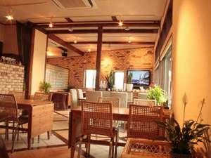 軽井沢ガーデンテラス「ASAMAファームヴィレッジ」:『旬食厨房』店内