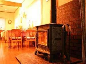 キャベツ畑のパン&デザート工房 シューレビュー:薪ストーブの灯で心も体も癒されます