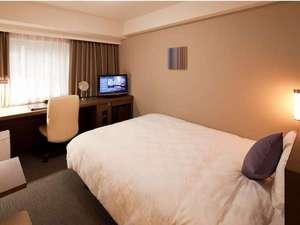 ダイワロイネットホテル横浜関内:部屋の広さ18平米◆幅154cmワイドダブルベッド(1名~2名利用)