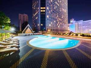品川プリンスホテル:ナイトプール(イメージ)2017年7月15日~9月18日