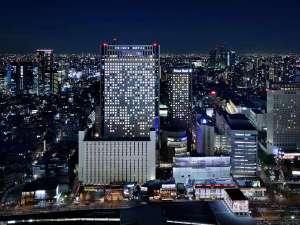 品川プリンスホテル:夜の外観
