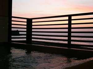 海と夕日の展望風呂の宿 民宿おしなや