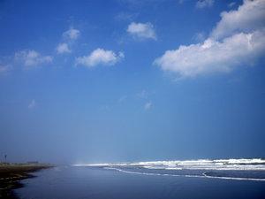 エンヂ荘:*サーファーに人気の九十九里浜・白里中央海岸は当荘より徒歩3分