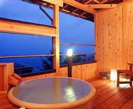 絶景と露天風呂の宿 たかみホテル:朝日が望める専用露天風呂付き客室