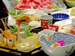 有馬温泉 瑞宝園:【瑞宝会席一例】和牛のミニしゃぶしゃぶが付いた特別会席です。当館の料理長イチオシのコースです!