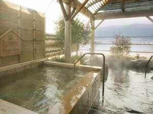 上諏訪温泉 RAKO華乃井ホテル:日本酒が香る名物地酒風呂