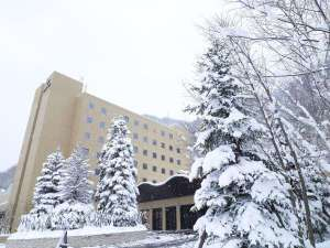 【外観(冬)】「森」がテーマのリゾートスパ。森の物語に溢れた空間で癒しのひと時を(イメージ写真)