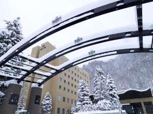 【外観(冬)】自然に囲まれたリゾートで心も体もリフレッシュ(イメージ写真)