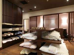 【ピローギャラリー】お客様のお好みに合った枕をお選びいただけます
