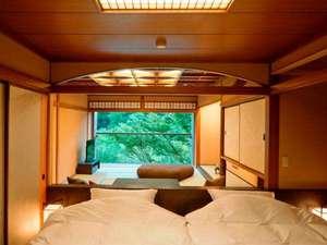 【和室(定員5名)】和室とベッドルームの仕切りを取り払った開放的な客室(イメージ)