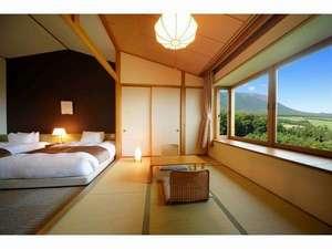 ゆこたんの森:和洋室からの眺望イメージ 感動の南部富士のマウントビューが広がります♪
