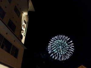 花火大会 毎年夏に開催される苓北じゃっと祭