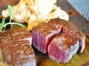 サンメンバーズ神戸:【鉄板焼きの夕食】厳選したお肉に舌鼓を打つ事間違いなし!17:00~20:30(LO)