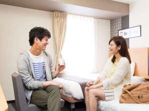コンフォートホテル那覇県庁前:お部屋にもコーヒーをお持ちいただけます。