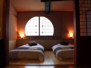 【泉游亭・みねざくら】和室+和ベッドルーム<禁煙>お部屋から名所湯畑を望むお部屋です。
