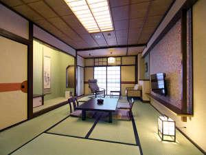 【禁煙和室】<禁煙>落ち着いた雰囲気の和室です。お部屋でゆったりとおくつろぎください。