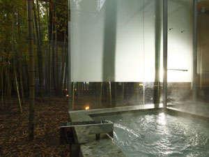 客室露天風呂例