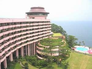 指宿いわさきホテル:ホテルと庭園