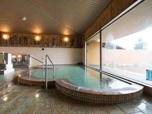 八ヶ岳いずみ荘:*併設の<甲斐大泉温泉 パノラマの湯/女性内湯>大浴場はゆったり広々!サウナや水風呂もございます♪